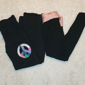 2 pairs Victoria Secret Pink yoga leggings size XS